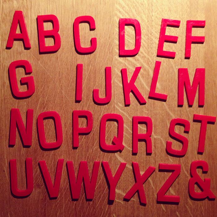freundts-kleinevintagebuchstaben-2