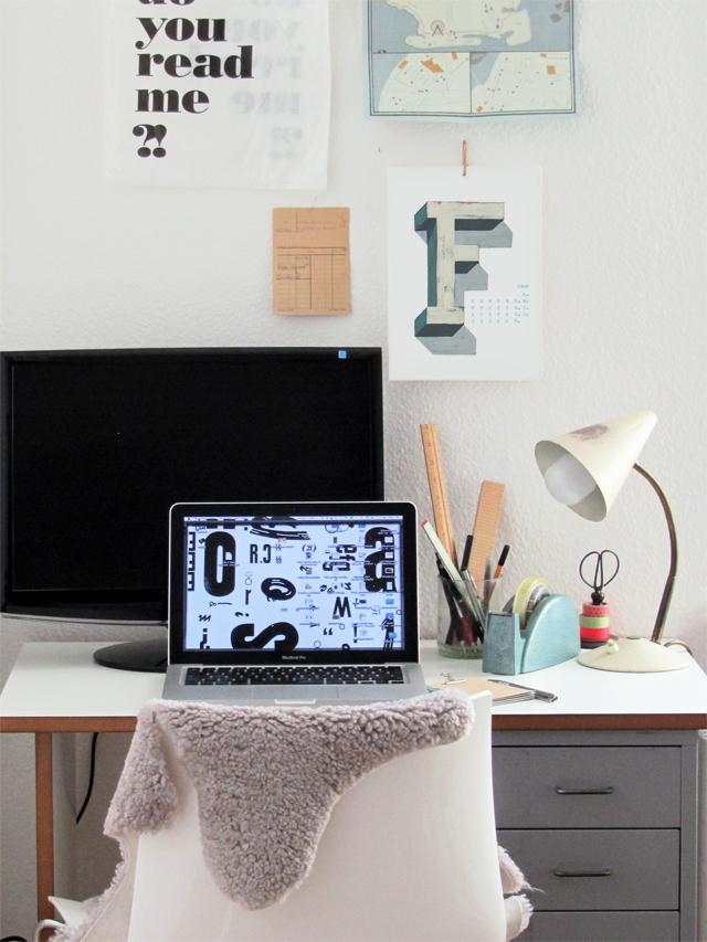 Kalender_desk_F_640px